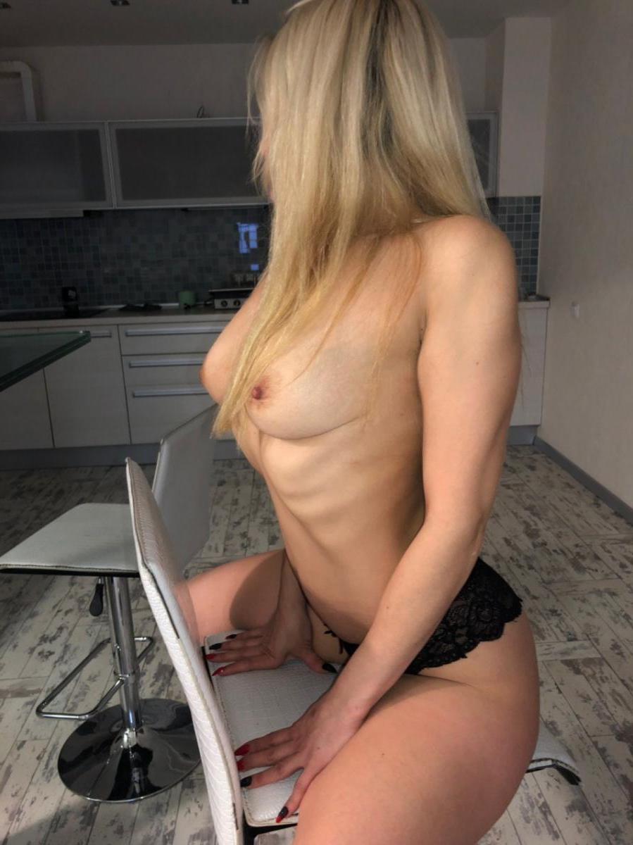 Проститутка АДЕЛЬ, 22 года, метро Чертановская